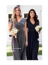 Vakre lang kjoler i grå og blå
