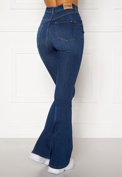 77thFLEA Tove high waist flared superstretch Medium blue Bubbleroom.no