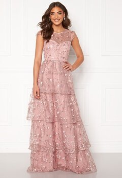 Alexandra Nilsson X Bubbleroom Flounced gown Dark heather pink Bubbleroom.no