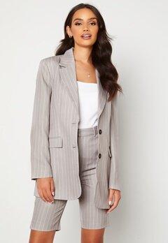 Alexandra Nilsson X Bubbleroom Pinstripe Shorts Grey / Striped Bubbleroom.no