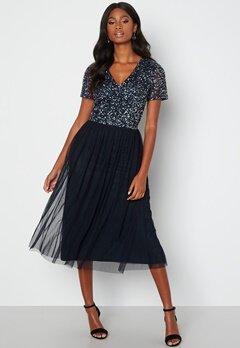AngelEye Short Sleeve Sequin Embellished Midi Dress Navy bubbleroom.no