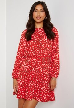 AX Paris Ditsy Print Pleat Dress Red Bubbleroom.no
