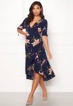 AX Paris Floral Tie Wrap Dress Navy Bubbleroom.no