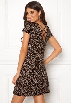 ONLY Bera Back Lace S/S Dress Black/Leo Print Bubbleroom.no