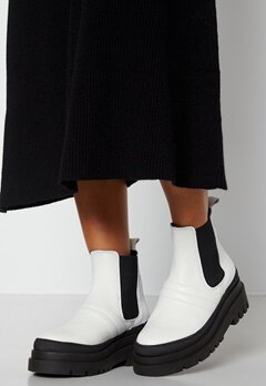 Bianco Dema Short Boot 800 White bubbleroom.no