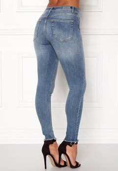 ONLY Blush Mid Raw Jeans Light Blue Denim Bubbleroom.no