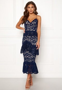 BUBBLEROOM Carolina Gynning flouncy lace dress Dark blue Bubbleroom.no