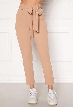 BUBBLEROOM Dilara straight leg trousers Beige Bubbleroom.no