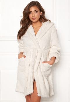 BUBBLEROOM Josefine fluffy robe White Bubbleroom.no