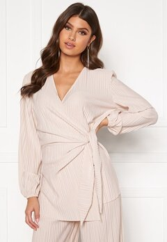 BUBBLEROOM Lola pleated wrap top Light beige Bubbleroom.no