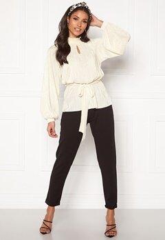 BUBBLEROOM Ophelia pleated blouse Cream Bubbleroom.no