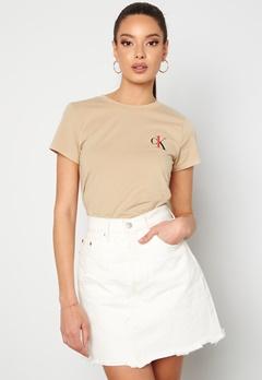Calvin Klein S/S Crew Neck 0XG Charming Khaki Bubbleroom.no