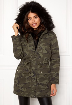New Look Camo Miami Pelted Parka Green Pattern Bubbleroom.no