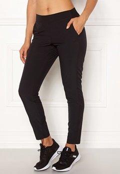 Casall Slim Woven Pants 901 Black Bubbleroom.no