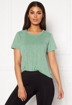 Casall Texture Tee 078 Steamy Green Bubbleroom.no