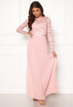 Chi Chi London Annelise Lace Maxi Dress Mink Bubbleroom.no