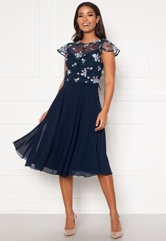 Chi Chi London Novah Midi Dress Navy Bubbleroom.no