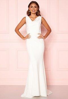 Chi Chi London Orlaith Open Back Dress White Bubbleroom.no