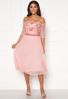Chi Chi London Selda Bardot Midi Dress Pink Bubbleroom.no