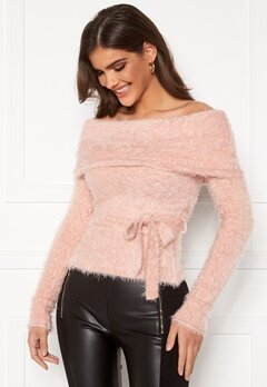 Chiara Forthi Beatricia furry offshoulder sweater Light pink Bubbleroom.no