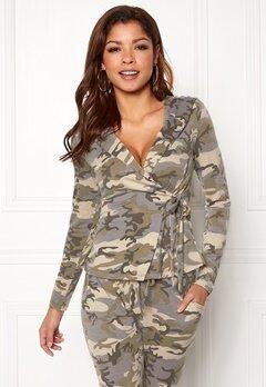 Chiara Forthi Cadenza camo wrap hoodie Camouflage Bubbleroom.no