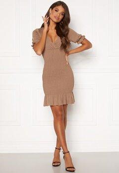 Chiara Forthi Cindy puff sleeve smock dress Light nougat Bubbleroom.no