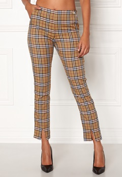 Chiara Forthi Franka woven sleek pants Checked / Beige / Red Bubbleroom.no