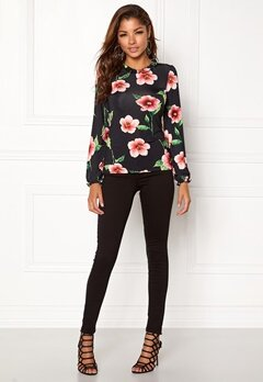Chiara Forthi Intrend Tulip Top Red / Floral Bubbleroom.no