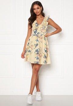 Chiara Forthi Pernille flounce dress Cream / Floral Bubbleroom.no