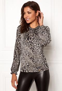 Chiara Forthi Romea top Leopard Bubbleroom.no