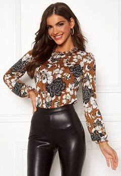 Chiara Forthi Romea top Rust Bubbleroom.no