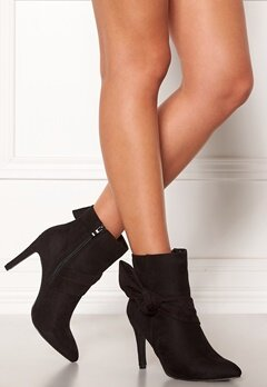Chiara Forthi Rozalia stiletto boot Black Bubbleroom.no