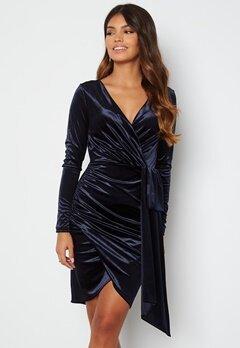 Chiara Forthi Snapshot Drape Dress Midnight blue bubbleroom.no