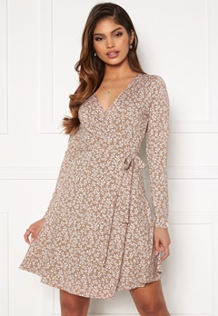Chiara Forthi Sonnet Mini Wrap Dress Nougat / Offwhite Bubbleroom.no