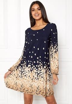 Chiara Forthi Swing Dress Blue / Floral Bubbleroom.no
