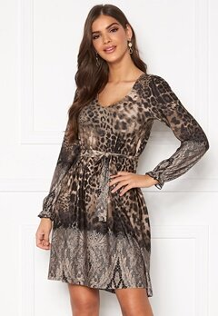 Chiara Forthi Swing v-neck dress Leopard / Patterned Bubbleroom.no