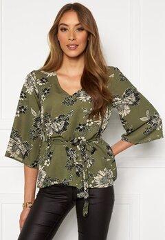 Chiara Forthi Turin tie belt blouse Khaki green / Floral Bubbleroom.no