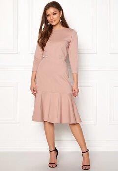 Closet London Long Sleeve Peplum Dress Nude Bubbleroom.no
