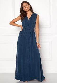 DAGMAR Wande Dress Midnight Blue Bubbleroom.no