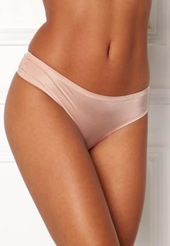 Dorina Michelle String Nude Bubbleroom.no