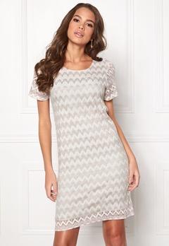 DRY LAKE Valentine Long Dress 994 Beige Zigzag Bubbleroom.no