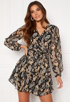 Girl In Mind Camila Long Sleecve Chiffon Mini Dress Black Leaf Bubbleroom.no