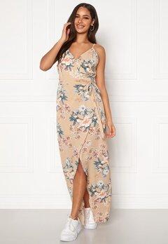 Girl In Mind Dress Beige Floral Beige Floral Bubbleroom.no