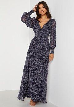 Goddiva Ditsy Long Sleeve Shirred Maxi Dress Navy Bubbleroom.no