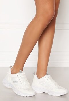 Guess Flaus Sneakers White Bubbleroom.no
