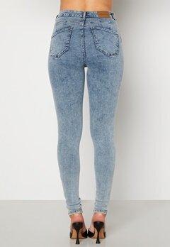 Happy Holly Amy push up jeans Light denim Bubbleroom.no