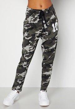 Happy Holly Carolyn tricot pants Grey melange / Camouflage bubbleroom.no