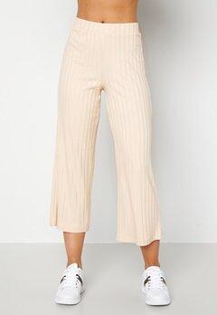 Happy Holly Emmy rib wide pants Light beige Bubbleroom.no