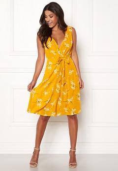 Happy Holly Isla dress Patterned Bubbleroom.no
