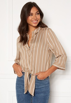 Happy Holly Juliette ss knot shirt Beige / Offwhite Bubbleroom.no